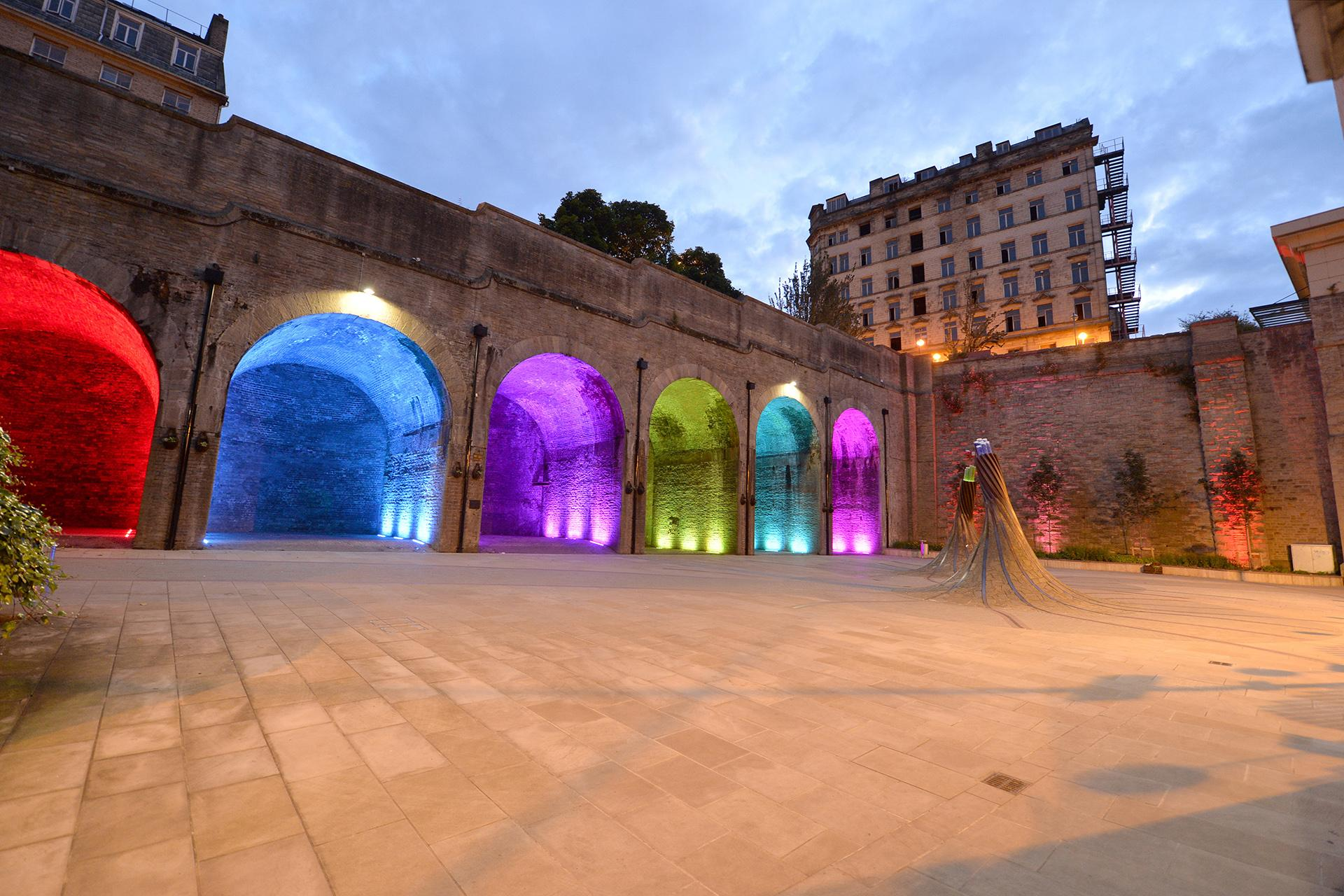 SCULPline floodlights have transformed Saint Blaise Square into a warm, welcoming and fun nocturnal landscape